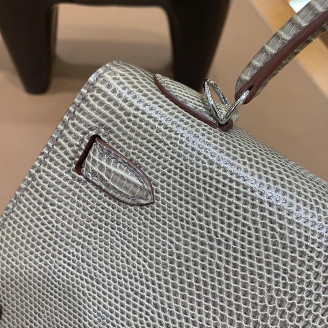 Hermès(爱马仕)Kelly 凯莉包 蜥蜴皮 斑鸠灰 银扣 25cm