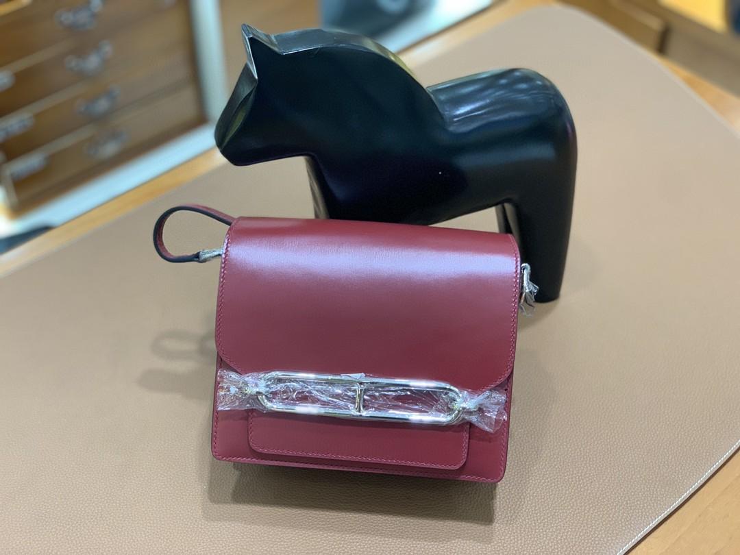 Hermès(爱马仕)Roulis 猪鼻包 Box 宝石红 银扣 18cm