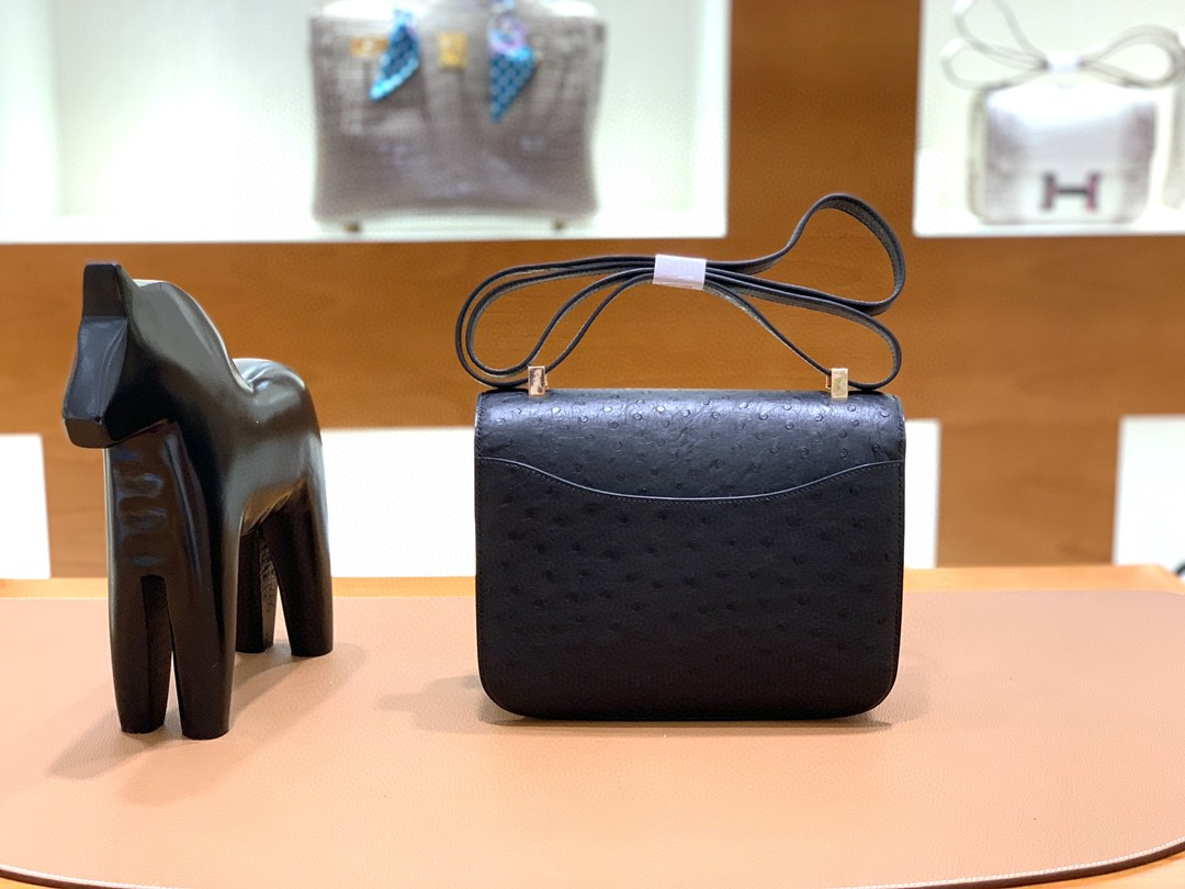Hermès(爱马仕)Constance 空姐包 鸵鸟皮 黑色 玫瑰金扣 24cm