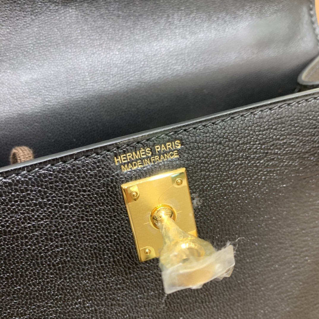 Hermès(爱马仕)minikelly 迷你凯莉 山羊皮 黑色 19cm 金扣