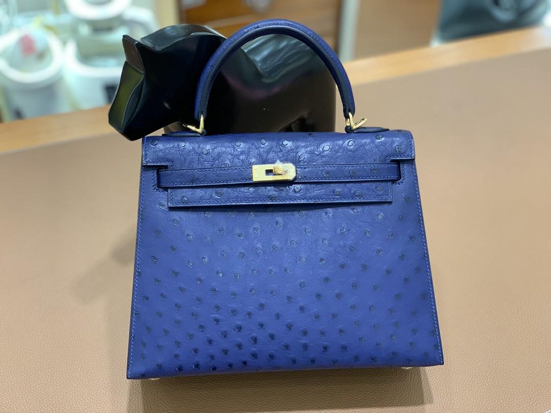 Hermès(爱马仕)Kelly 凯莉包 鸵鸟皮 马耳他蓝 金扣 25cm