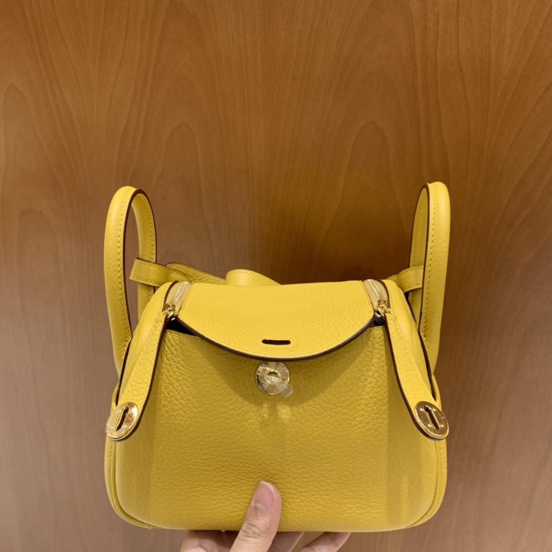 Hermès(爱马仕)mini lindy 迷你琳迪 TC 琥珀黄 金扣 19cm