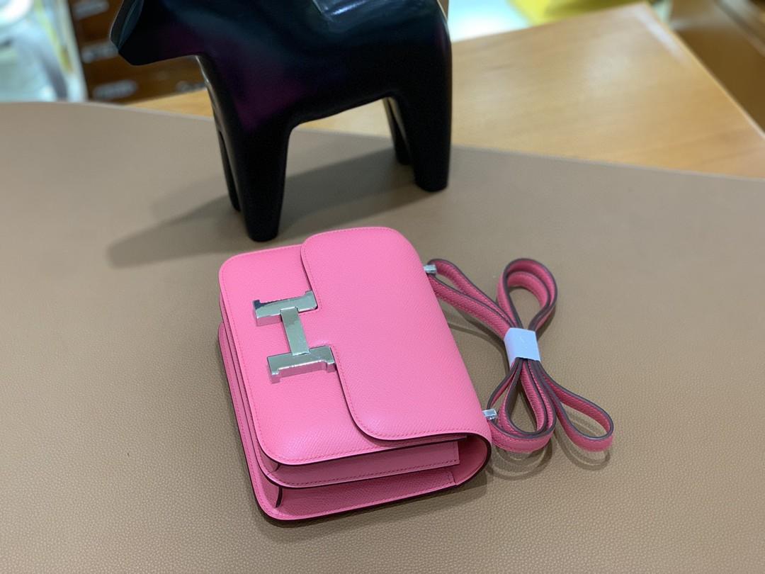Hermès(爱马仕)Constance 空姐包 Epsom 唇膏粉 19cm 银扣