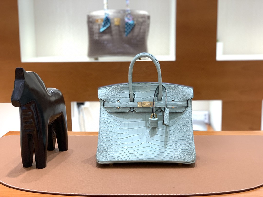 Hermès(爱马仕) Birkin 铂金包 雾面美洲鳄 薄荷绿 金扣 25cm