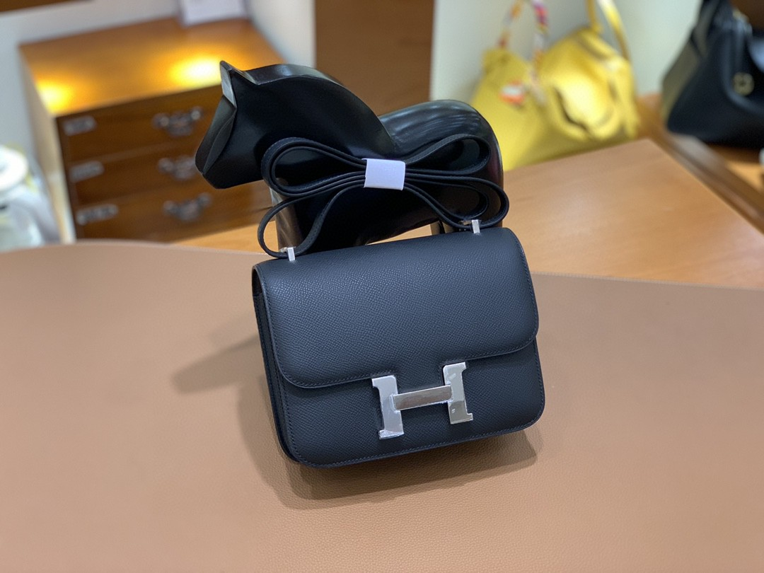 Hermès(爱马仕)Constance 空姐包 Epsom 黑色 19cm 银扣