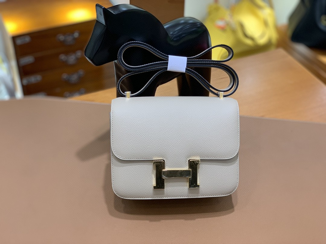 Hermès(爱马仕)Constance 空姐包 Epsom 斑鸠灰 19cm 金扣 现货
