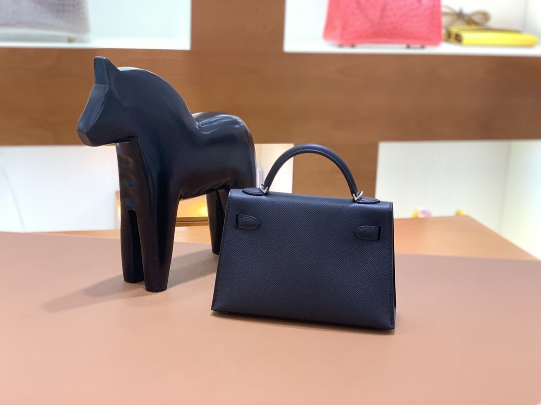 Hermès(爱马仕)mini Kelly 迷你凯莉 Epsom 黑色 19cm 银扣