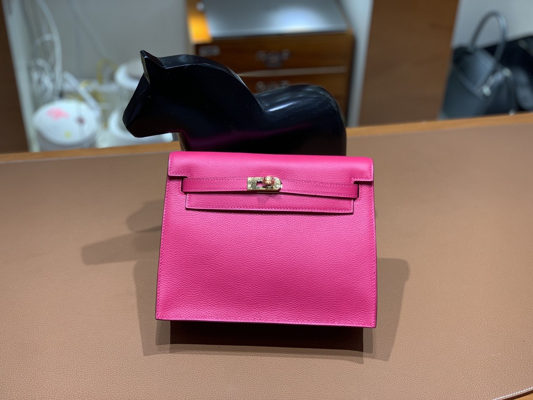Hermès(爱马仕)Kelly Danse 跳舞包 Evercolor 极致粉 22cm 金扣