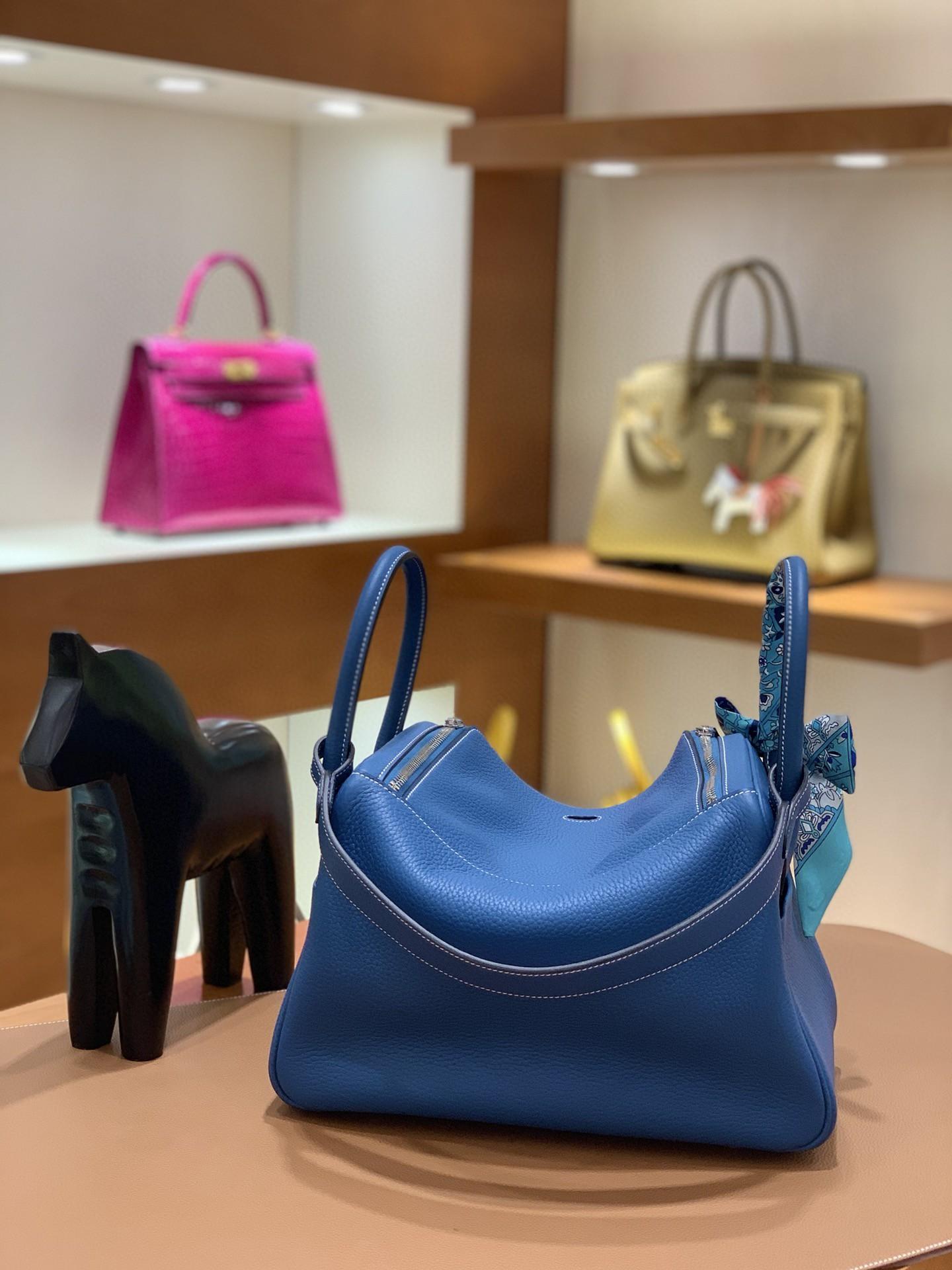 Hermès(爱马仕)Lindy 琳迪包 TC 牛仔蓝 银扣 30cm