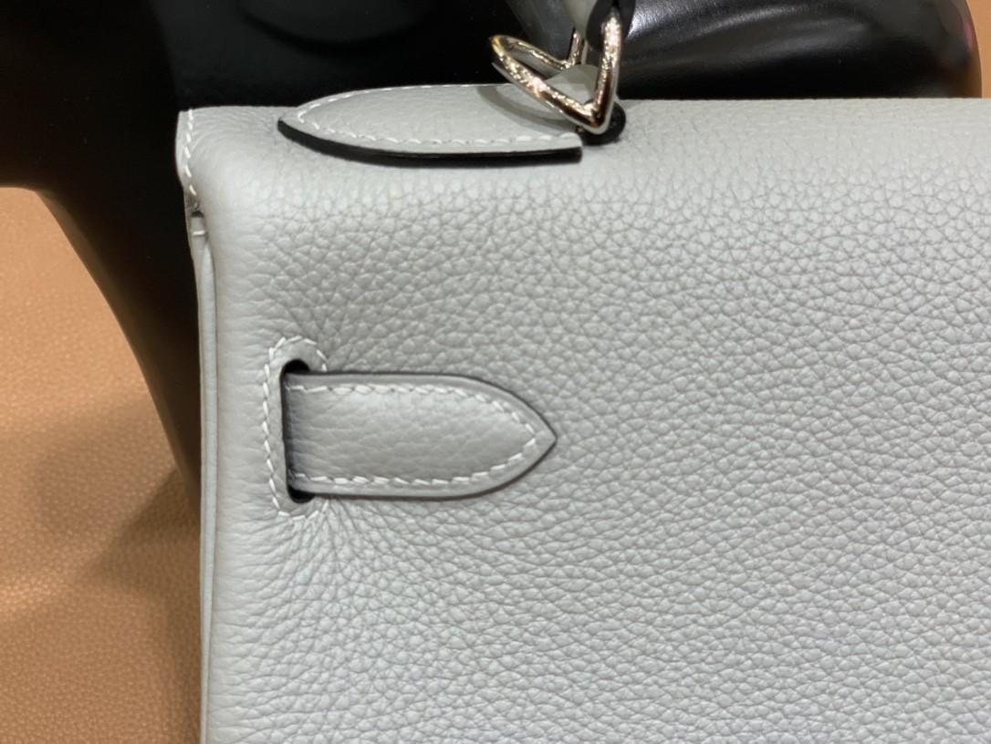 Hermès(爱马仕)Kelly 凯莉包 Togo 海鸥灰 银扣 28cm