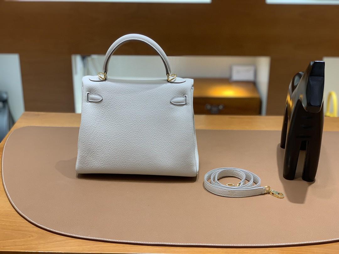 Hermès(爱马仕)Kelly 凯莉包 Togo CC10 奶昔白 金扣 25cm