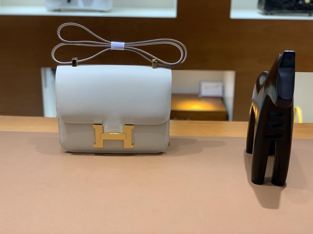 Hermès(爱马仕)Constance 康斯坦斯 Epsom 奶昔白 金扣 23cm