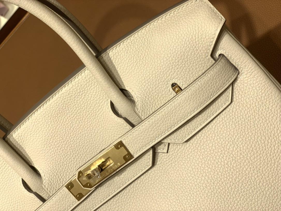 Hermès(爱马仕)Birkin 铂金包 Togo 奶昔白 金扣 30cm