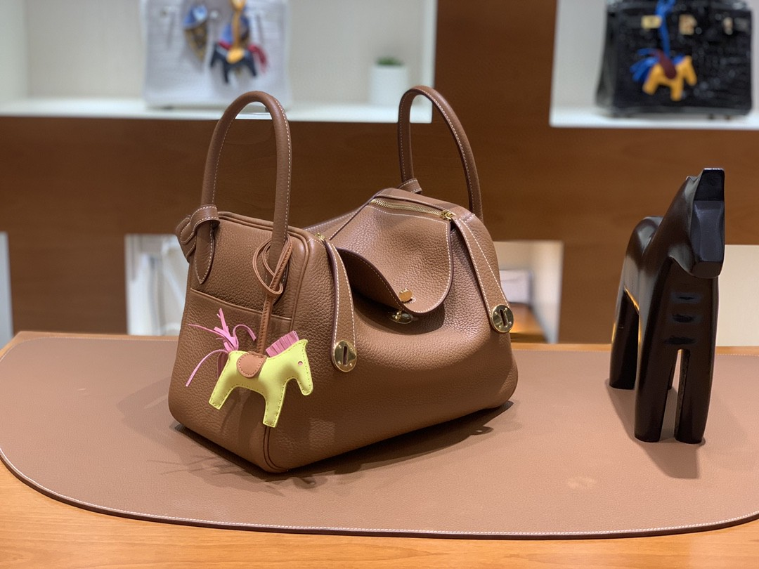 Hermès(爱马仕)Lindy 琳迪包 TC 金棕色 金扣 30cm