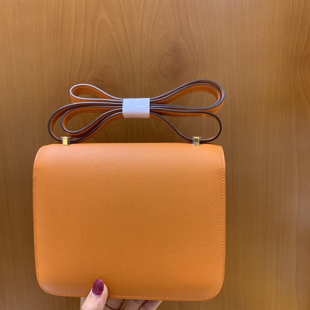 Hermès(爱马仕)Constance 康斯坦斯 Epsom 经典橙 金扣 19cm