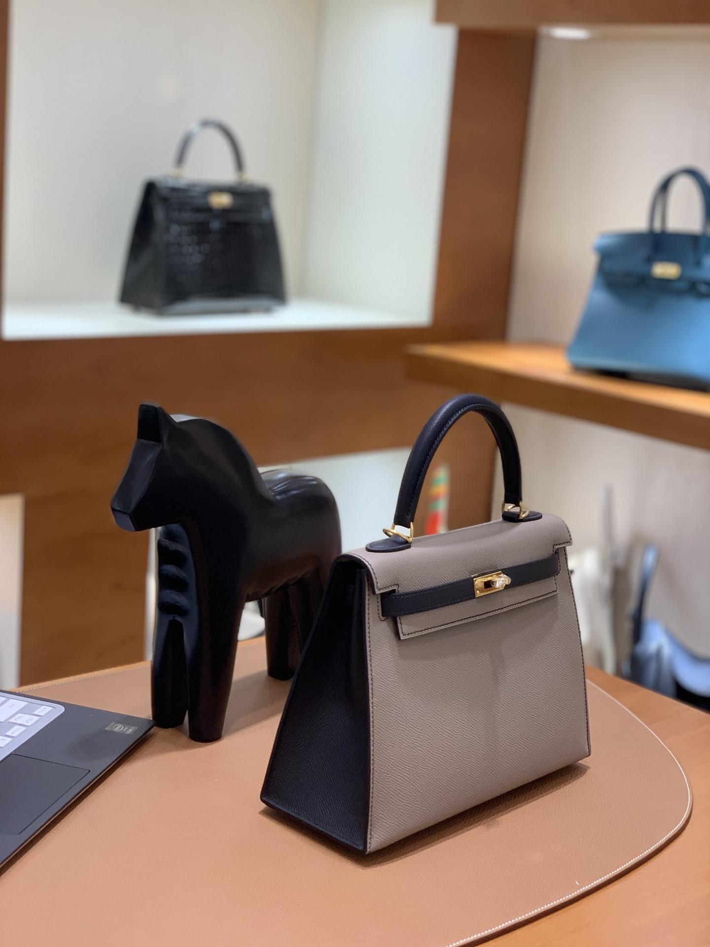 Hermès(爱马仕)Kelly 凯莉包 epsom 锡器灰 拼 黑色 金扣 25cm