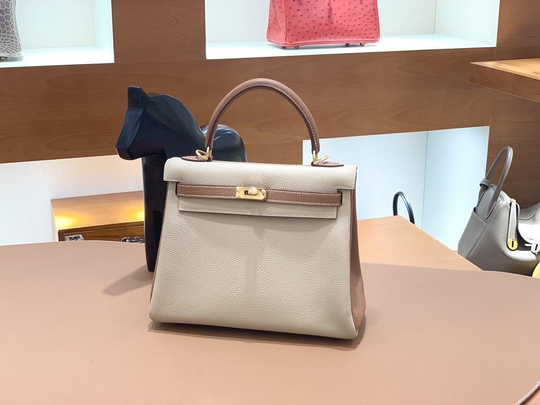 Hermès(爱马仕)Kelly 凯莉包 Togo 风衣灰 拼 金棕色 金扣 25cm