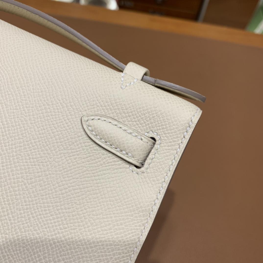 Hermès(爱马仕)Kelly Pochette epsom 白色 金扣 22cm